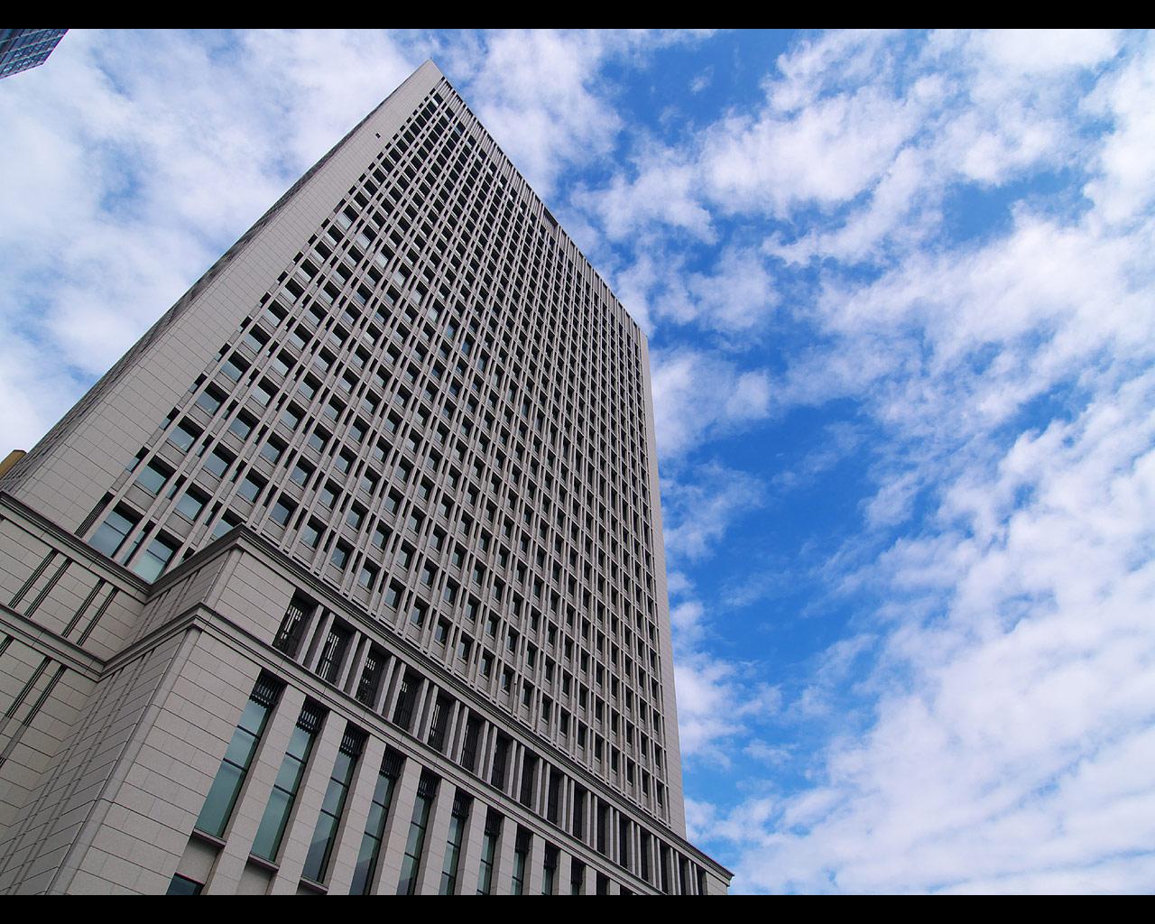 丸の内オアゾ(oazo) 日本生命丸の内ビルの壁紙写真 2(1280×1024)